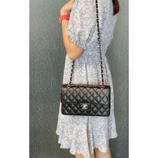 Chanel Small Classic Flap Bag - 牛皮黑色銀鏈